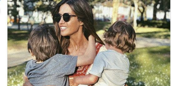 """La emocionante carta de Sara Carbonero a su hijo: """"Ser un superhéroe es enfrentarse a la vida real"""""""