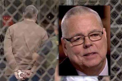 'El Cobarde Americano': Scot Peterson, el policía del colegio de Parkland que irá 15 años a prisión por esconderse durante el tiroteo
