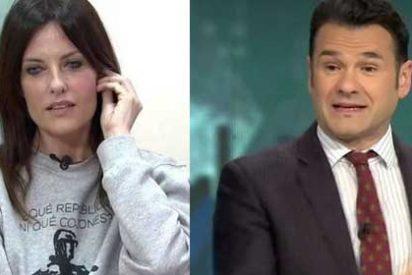 Cristina Seguí retrata a un Iñaki López que imploraba a los críticos con la entrevista a Otegi que le dejaran disfrutar en paz con ella