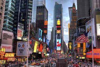 Los destinos comienzan a levantar las restricciones con cautela al turismo internacional
