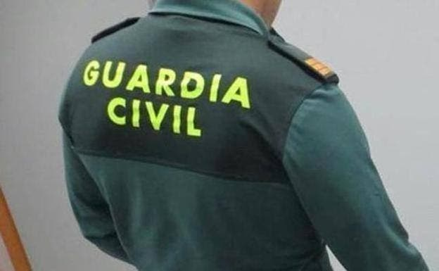 La Guardia Civil arresta a una mujer por estrangular hasta la muerte a su hijo de 7 años