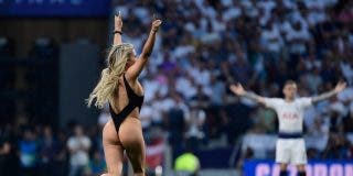 Quién es la mujer que invadió semidesnuda el campo de juego en la final de la Champions League