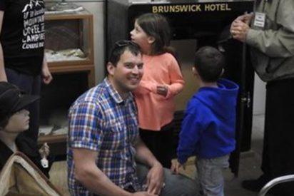 Este turista abrió al primer intento una caja fuerte que había permanecido cerrada durante décadas en un museo
