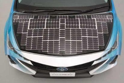 Toyota le coloca paneles solares a su modelo ecológico Prius