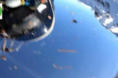 Graban el momento exacto de la colisión entre un helicóptero y una avioneta en los Alpes