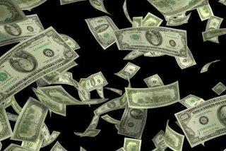 Acusan de robo a unos conductores por recoger billetes del suelo