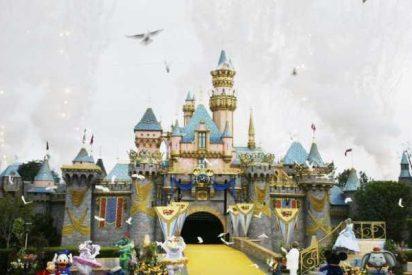 La heredera del imperio Disney denuncia las duras condiciones laborales que sufren los empleados.