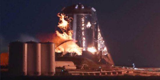 Todo los que no te han contado sobre la explosión en el despegue del Starhopper de SpaceX