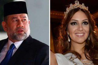 El ex rey de Malasia renuncia al trono por su esposa y acaban divorciados