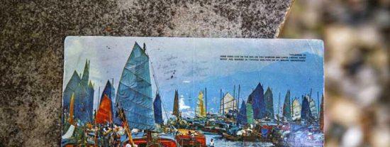 Una estadounidense recibe esta postal de hace 26 años que aun no ha llegado a su destinatario