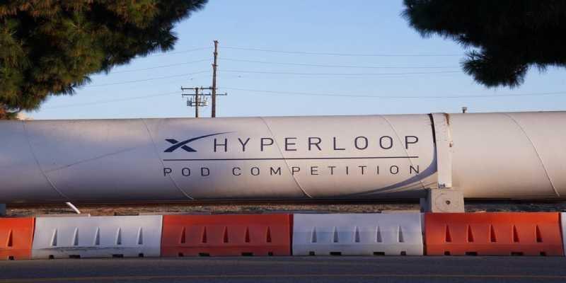 El Hyperloop alcanza ya los 463 km por hora