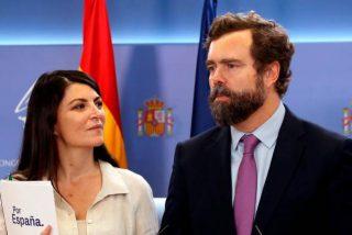 """El rapapolvo de Macarena Olona (VOX) al PSOE para defender a Espinosa de los Monteros: """"¡Callaos la boca!"""""""