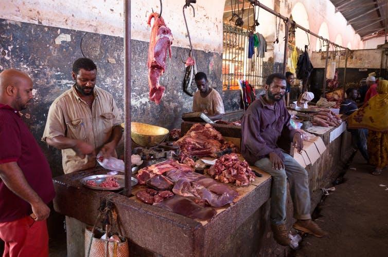 Cómo garantizar la seguridad alimentaria en los mercados tradicionales de África