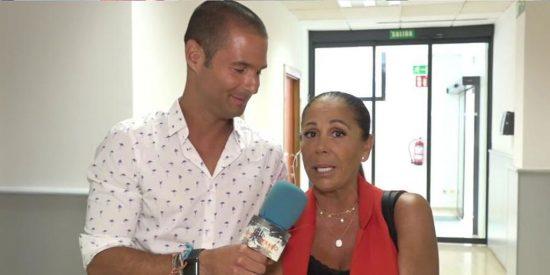 Pillada a Isabel Pantoja en los pasillos de Telecinco: reuniones secretas, polémicas en su cumpleaños y peloteo extremo