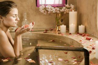 ¡Relájate en casa con un exquisito baño de azahar!