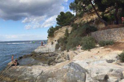 Una roca de grandes dimensiones aplasta y mata a una mujer de 24 años en esta cala de Mallorca