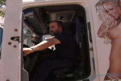 La justicia ordena a una empresa eliminar la imagen de esta mujer desnuda de sus camiones de transporte de carne