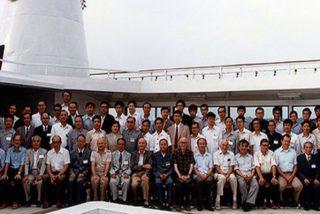 """¿Sabías que unos célebres economistas occidentales ayudaron a China a idear su """"economía socialista de mercado"""" a bordo de un crucero?"""