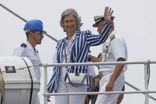 La reina Sofía cambia de tercio y sale en apoyo del rey Juan Carlos