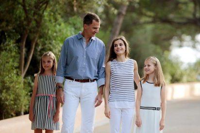 Vacaciones Reales: Felipe VI 'en función de lo que haga falta' y un viaje de incógnito con la Reina Letizia