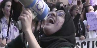TVE monta un mitin feminista radical: reclama 'desterrar' los piropos y demoniza a los varones