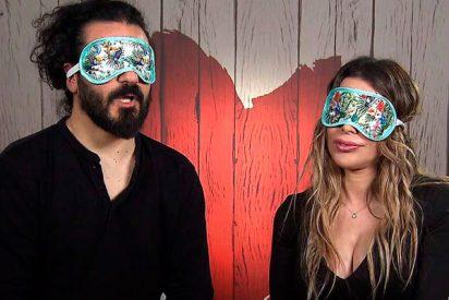 Leonardo y Elisabeth protagonizan una auténtica cita a ciegas en 'First Dates'