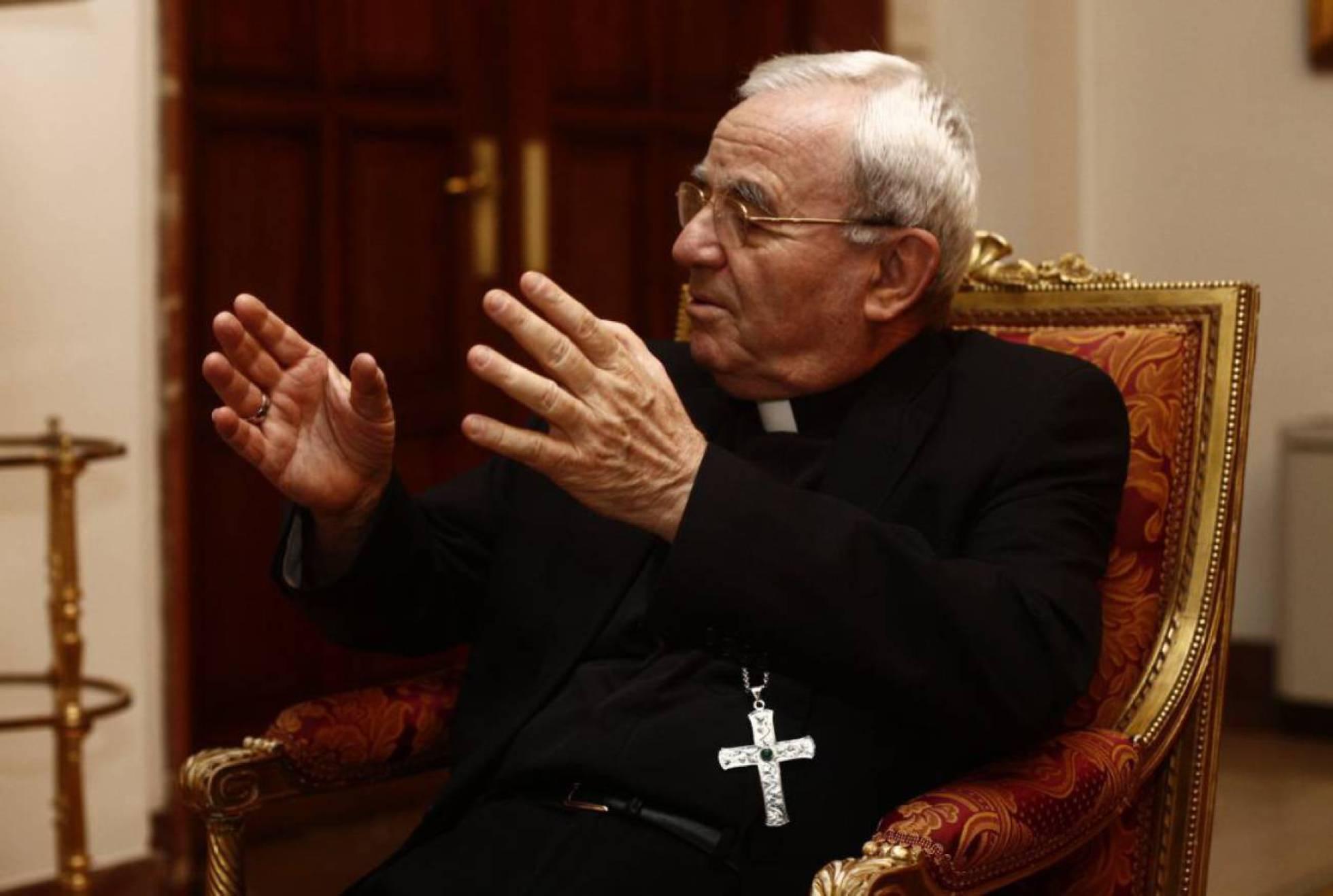 El nuncio en España dice que el Gobierno 'ha resucitado a Franco'