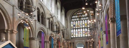 Las autoridades anglicanas convierten la catedral de Rochester en un campo de golf