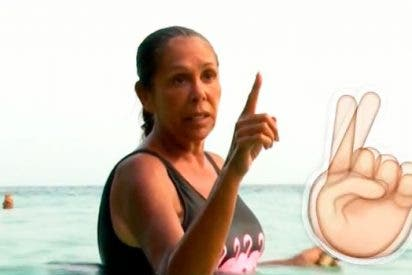 Isabel Pantoja, la 'reina del dedo acusador', se molesta cuando le hacen lo mismo a ella