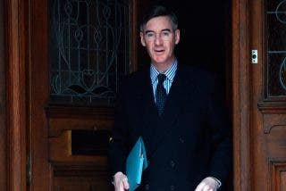 Boris Johnson designa a un católico como nuevo líder de la Cámara de los Comunes