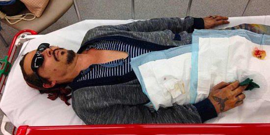 La impactante imagen de Johnny Depp en el hospital por la que acusa a Amber Heard de malos tratos
