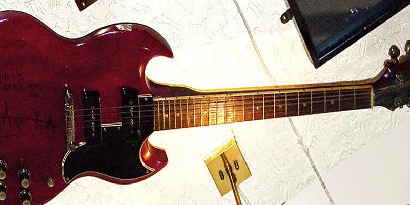La Gibson SG; una guitarra poderosa