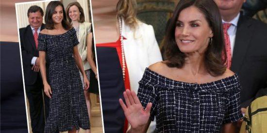 La Reina Letizia demuestra al mundo que se puede ir perfecta con un vestido de 20 euros