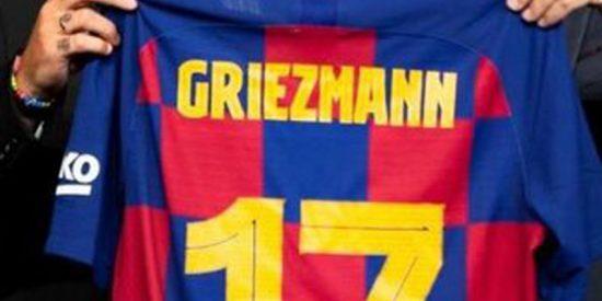 Las redes se cachondean por un detalle del número que llevará Griezmann con el Barça