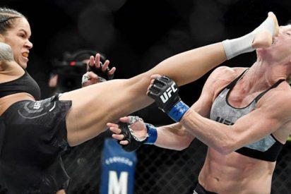 Esta luchadora brasilera utiliza la técnica de su contrincante y se corona campeona UFC en el primer 'round'