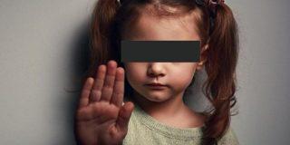 Niña alerta a sus profesores del maltrato que sufría por parte de su madre a través de un dibujo
