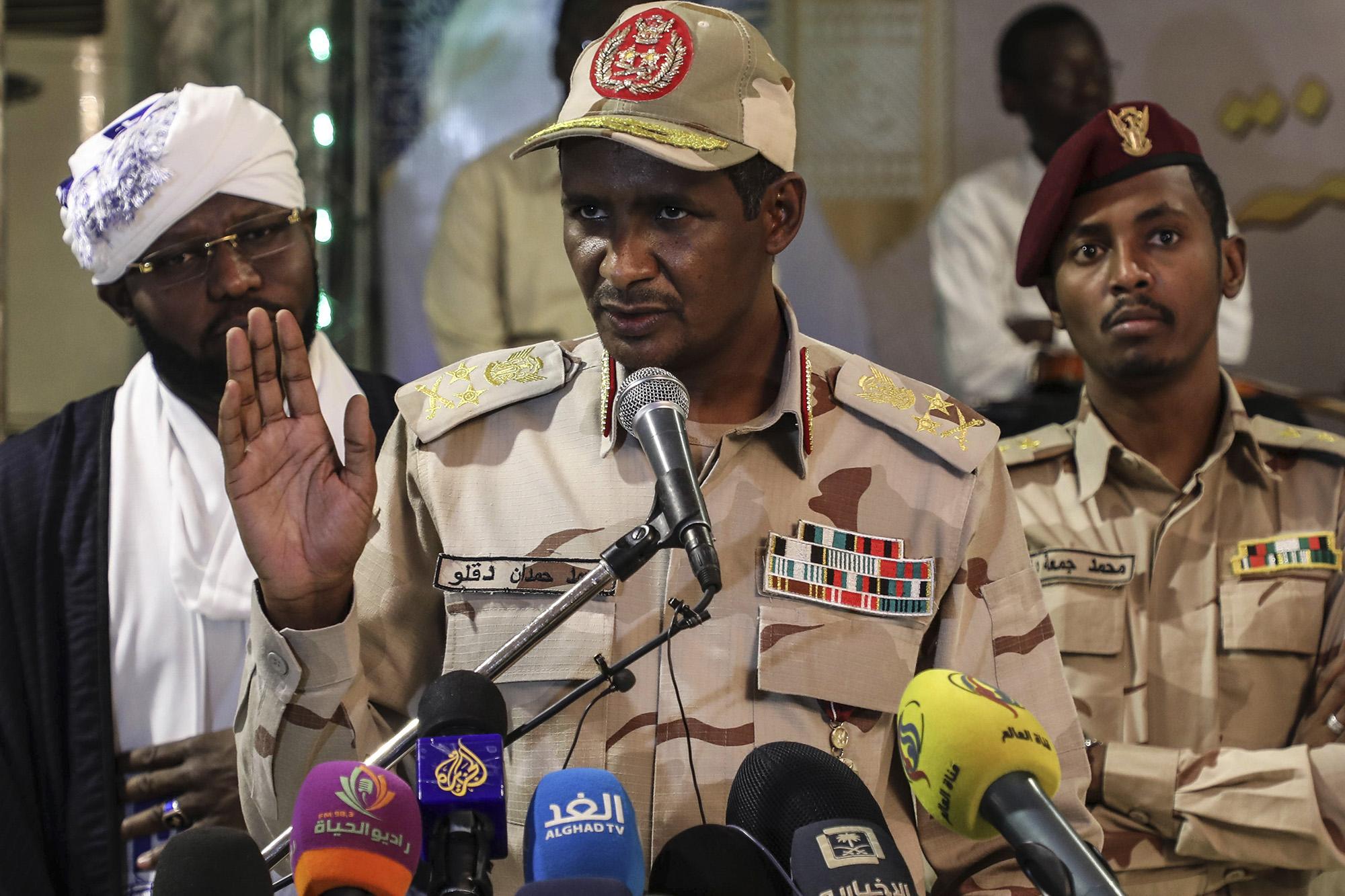 Sudán: los despiadados mercenarios del oro que controlan el país africano