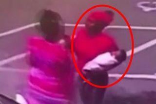 Acusan a esta mujer de asesinato por dejar caer al suelo a su bebé de tres meses durante una pelea
