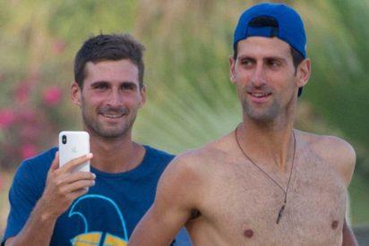 Novak Djokovic se instala en Marbella con su 'troupe' y deja claro que está bien dotado