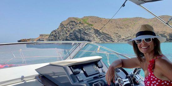 Nuria Roca alquila un yate por la sorprendente cifra de 1.600 euros el día