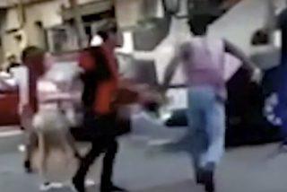Dos cobardes dan esta paliza a un camionero que quiso evitar una agresión machista en Hospitalet