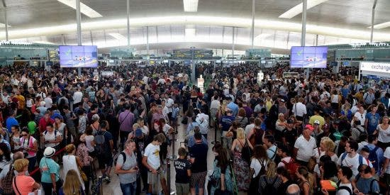 Las huelgas de Iberia, Ryanair y Renfe complican la 'Operación Retorno' verano 2019
