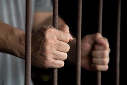 ¿Alguien sabe cuántos reclusos van a misa en las prisiones españolas?