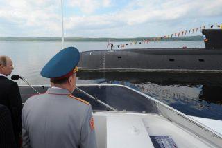 Mueren 'envenenados' 14 marineros en el incendio de un submarino militar ruso