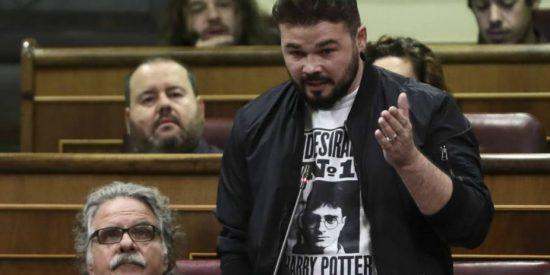 La terrible falta de ortografía del 'intelectual del independentismo catalán', el gordito Rufián, que lo ha dejado a la altura del betún