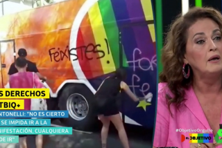 """La transexual Carla Antonelli justifica la agresión al autobús de C's en el Orgullo Gay: """"Van buscando la victimización cámara en mano"""""""