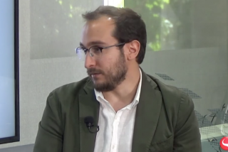"""Luca Costantini: """"El PSOE teme un 'efecto Salvini' y por eso se cierra en banda a que Podemos entre en el Gobierno"""""""