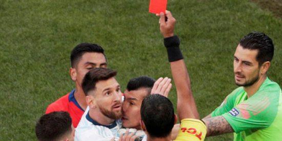 Sancionan tres meses a Messi por su rajada en la Copa América