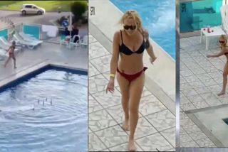 Esta turista maciza tira las tumbonas a la piscina en un hotel de Ibiza mientras los huéspedes la animan