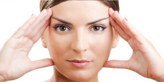 ¡Retrasa tu envejecimiento con el yoga facial!